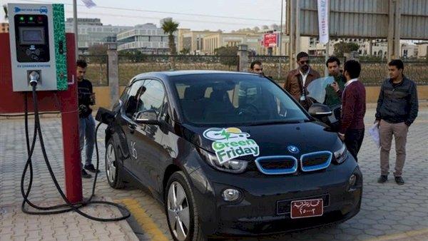 خفض الضريبة الجمركية على معدات محطات سيارات الكهرباء