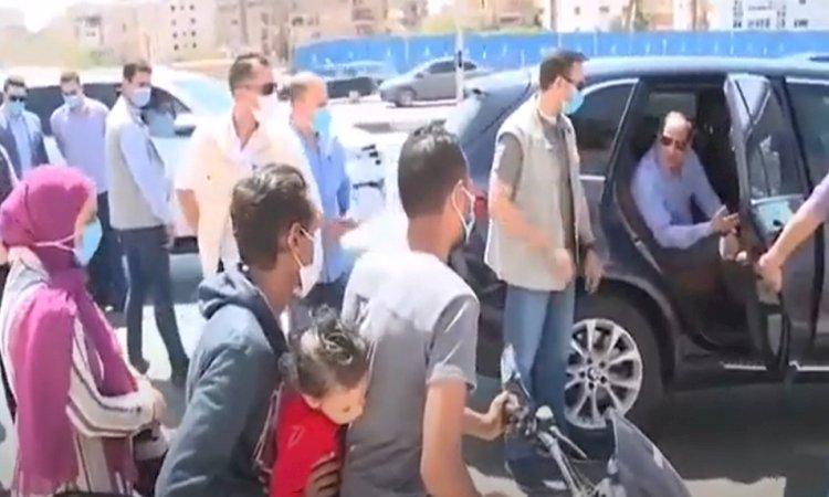 الرئيس السيسى يأمر بتوفير سيارة أجرة لـ عامل الدليفرى